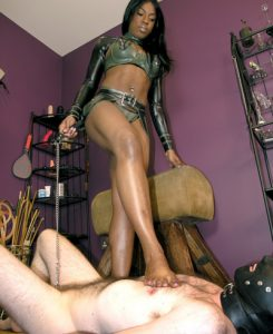 beautiful-black-mistress